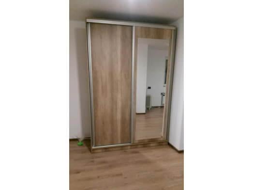 Dressing-cu-usi-glisante-si-oglinda-3b